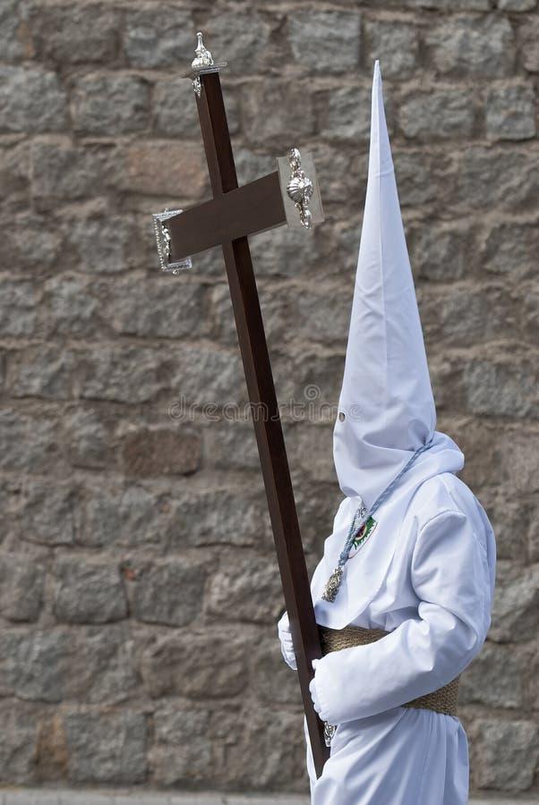 Nazaräer, der ein Kreuz trägt. stockfoto