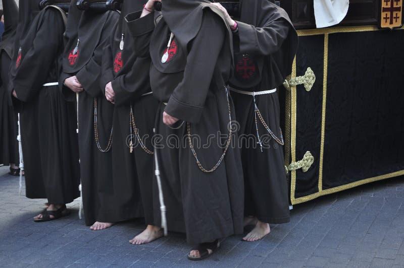Nazarene com os pés descalços no assoalho da pedra imagem de stock royalty free