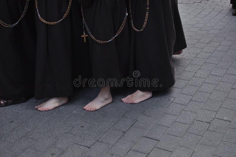 Nazarene com os pés descalços no assoalho da pedra foto de stock royalty free
