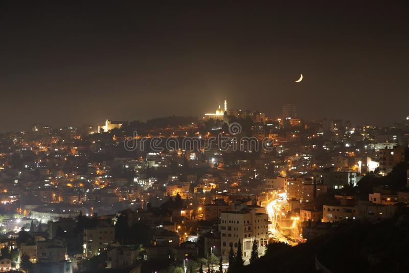 Nazareth, Israël bij nacht stock afbeelding
