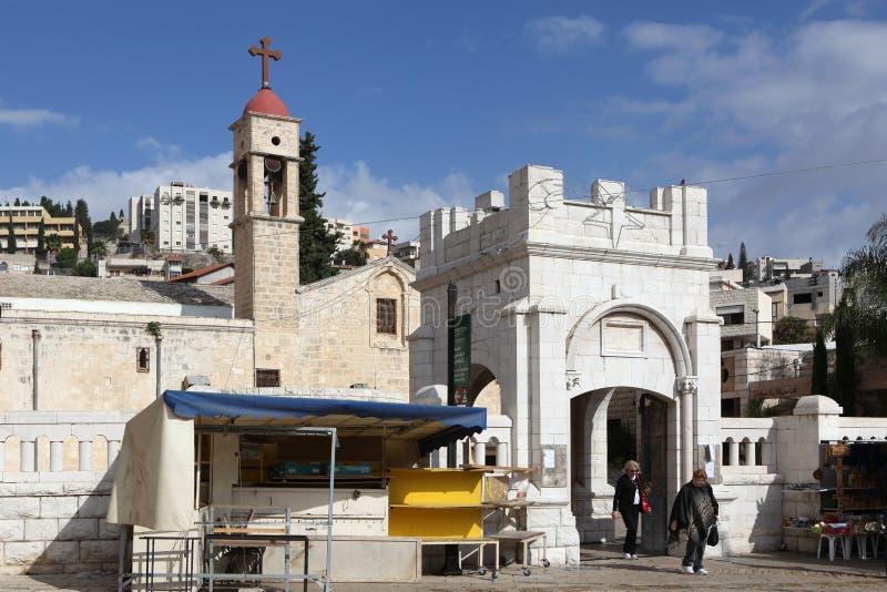NAZARETH ISRAEL - JANUARI 1, 2011: Foto av kyrkan av ärkeängeln Gabriel arkivfoton