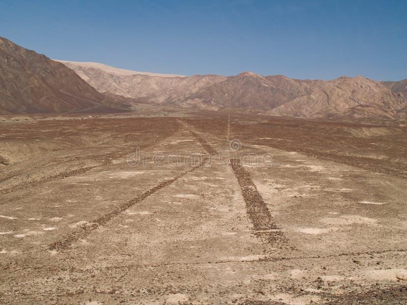 Nazca alinea el desierto peruano foto de archivo libre de regalías