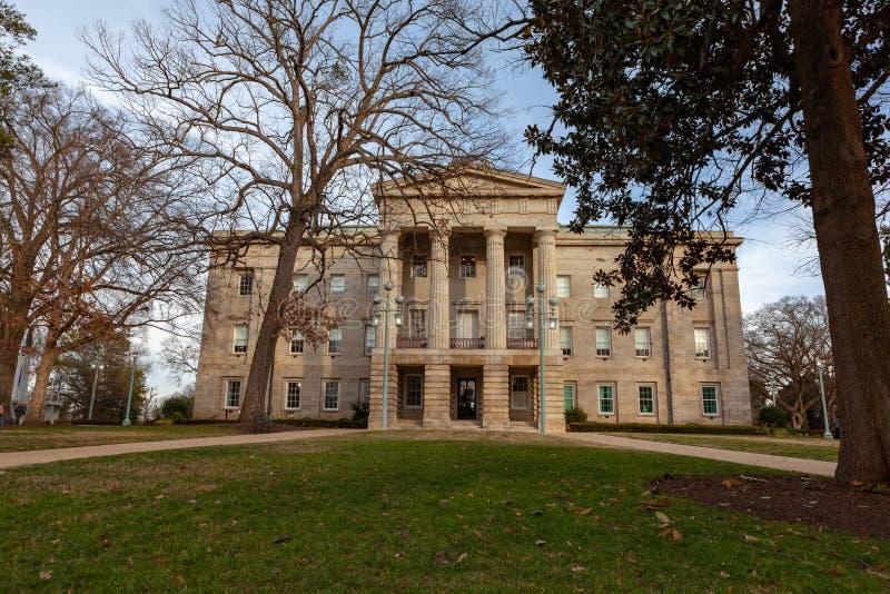NC huvudbyggande Raleigh, North Carolina royaltyfri fotografi