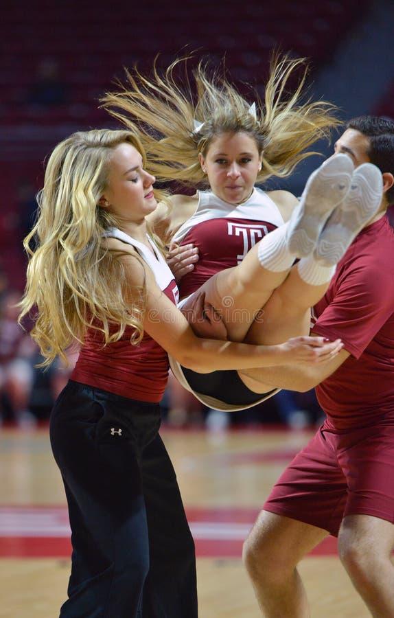 2015 NCAA καλαθοσφαίριση - ναός - UCF στοκ φωτογραφία με δικαίωμα ελεύθερης χρήσης