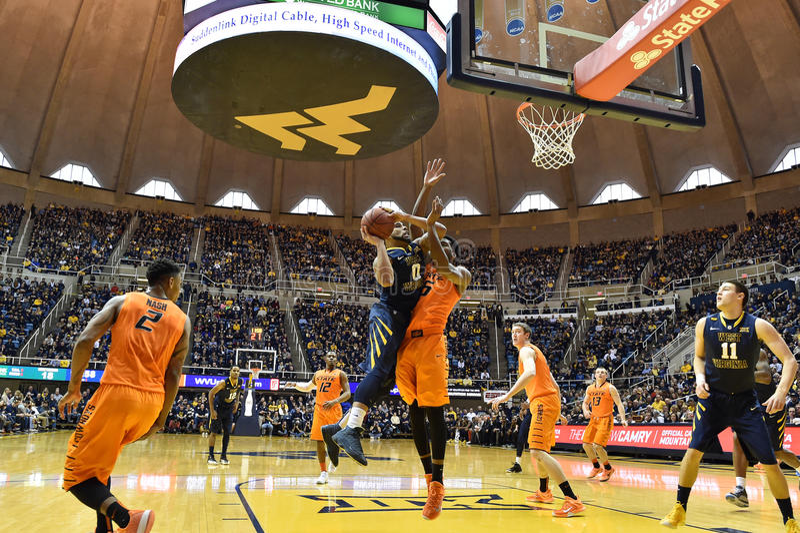 2015 NCAA Basketbal - Staat WVU-Oklahoma stock afbeeldingen