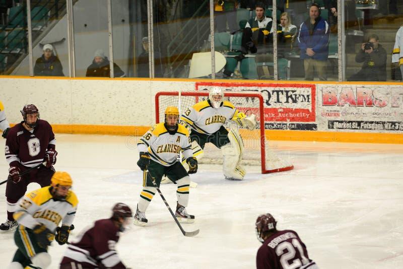 Ncaa-ishockeylek i den Clarkson universitetar arkivfoto