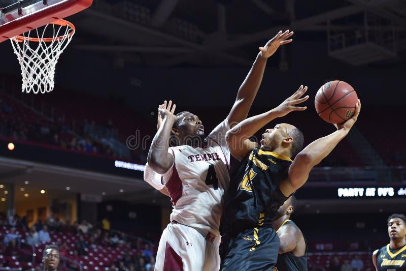 2014 NCAA koszykówka - Towson @ Świątynna Gemowa akcja fotografia stock
