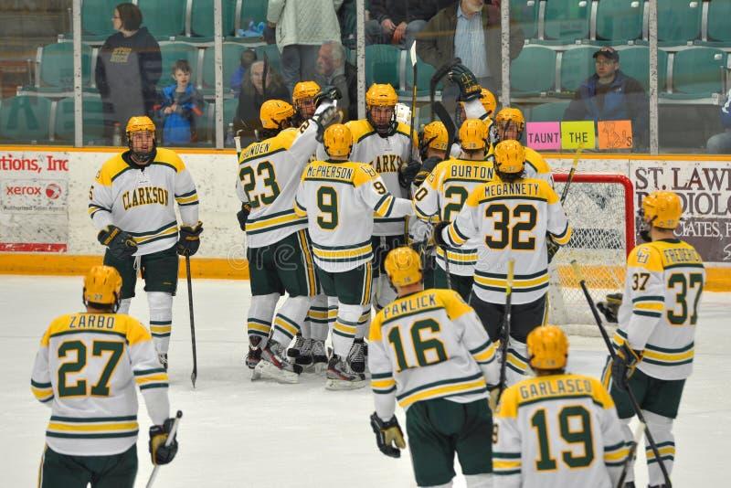 NCAA Lodowy mecz hokeja w Clarkson uniwersytecie zdjęcia stock