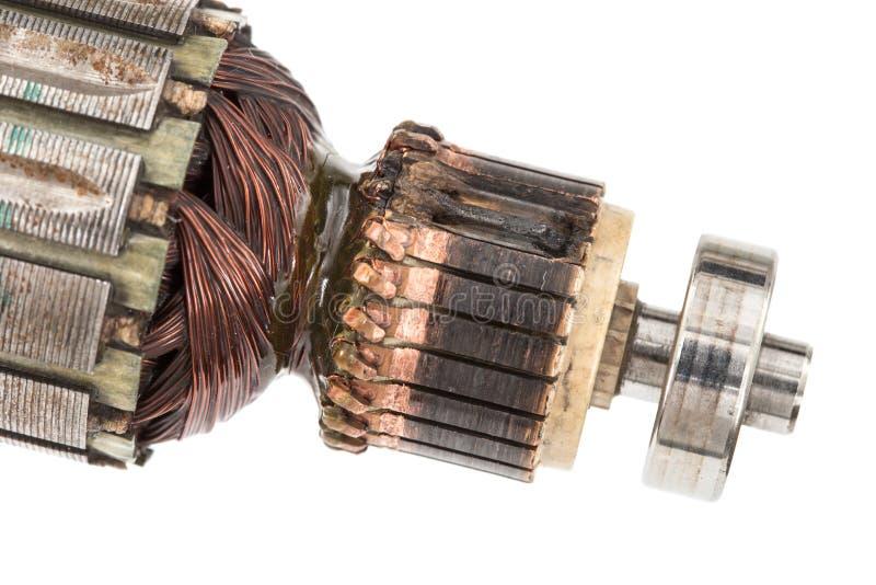 Âncora danificada do motor elétrico, isolada no fundo branco imagens de stock royalty free