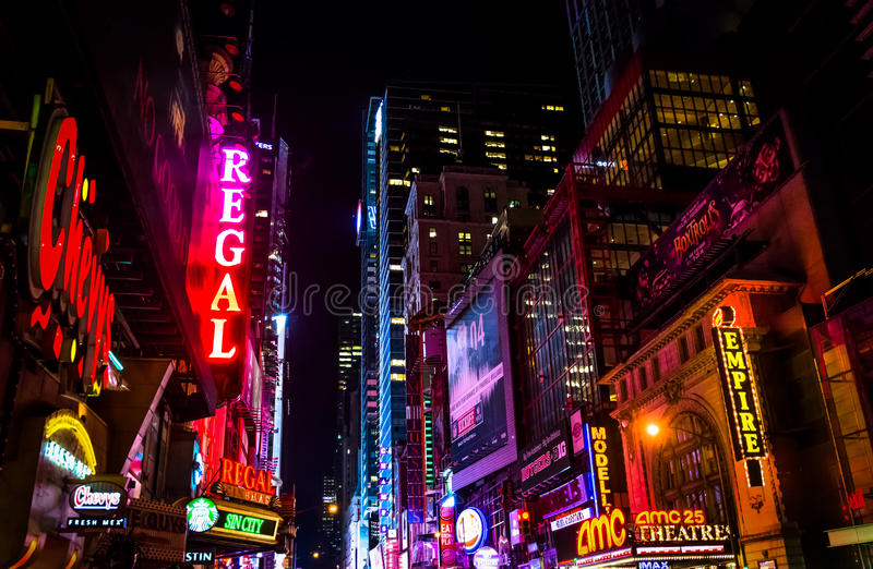 42nd Street at night, in Times Square, Midtown Manhattan, New Yo. Rk stock images