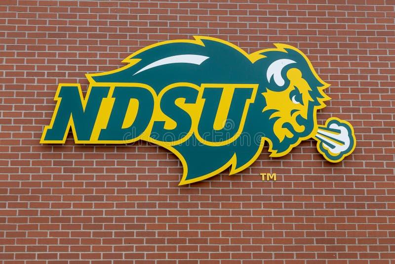 NDSU-varumärkeslogo på den North Dakota delstatsuniversitetet fotografering för bildbyråer