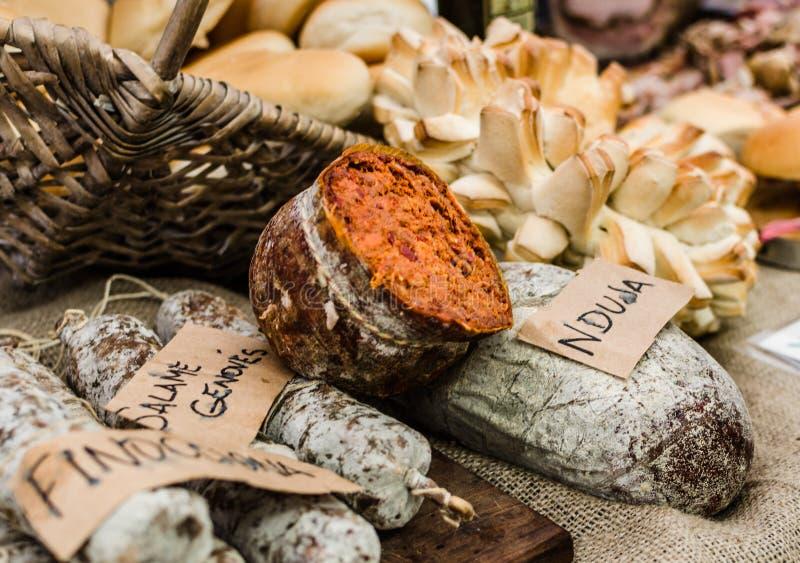 Nduja en kryddig bredbar korv från söderna av Italien royaltyfri foto