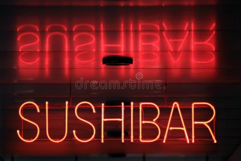 Neón de la barra del sushi fotografía de archivo