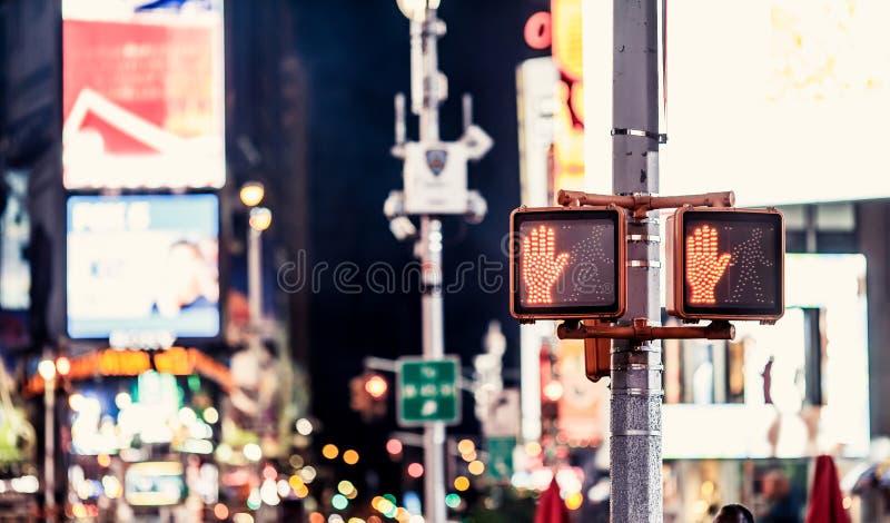 Ne marchent pas le poteau de signalisation de New York photo libre de droits