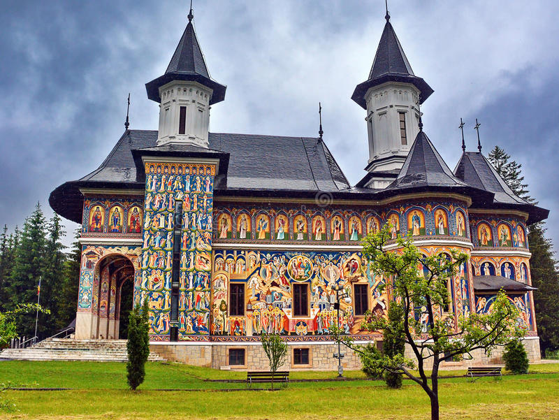 Neamt kloster Rumänien fotografering för bildbyråer