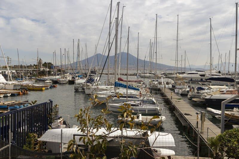 Neapel-Hafen lizenzfreies stockbild