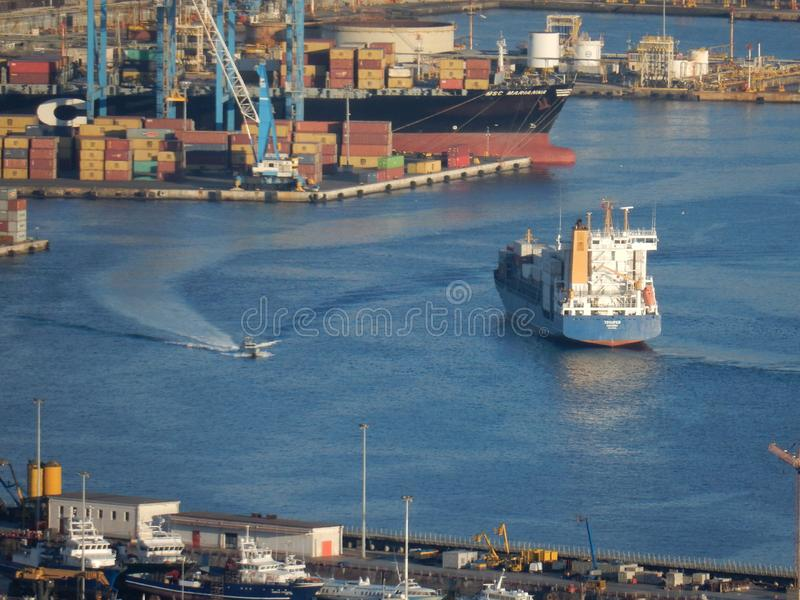 Neapel - Schiffe im Hafen stockfotografie