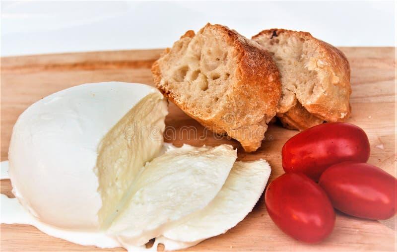 Neapolitan τυρί μοτσαρελών στοκ εικόνα