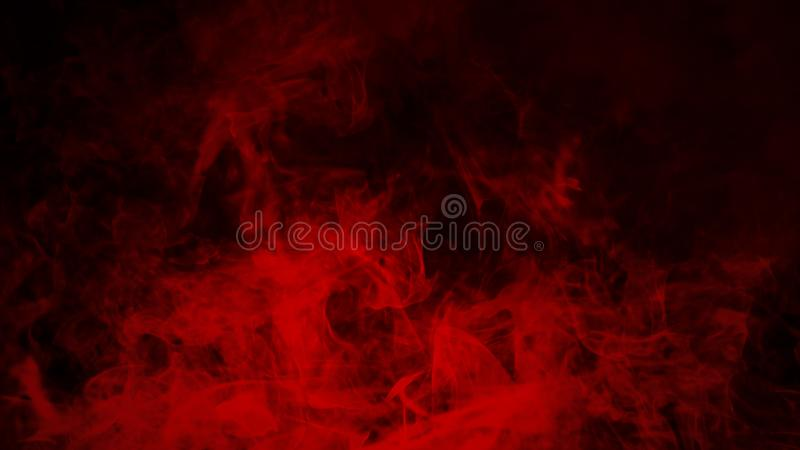Nebbia rossa o fumare effetto speciale isolato sul pavimento fondo rosso di opacit?, della foschia o dello smog fotografie stock libere da diritti