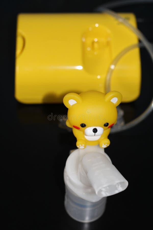 Nebulizer для обработки респираторных заболеваний вдыхание стоковое фото