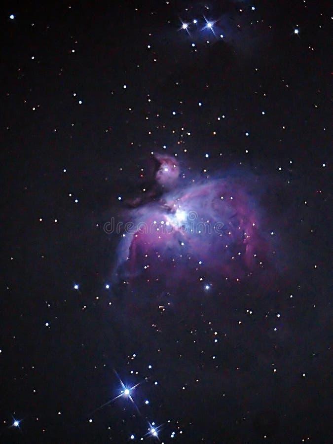 Nebulosa M42, M43 e estrelas de Orion do céu noturno imagens de stock