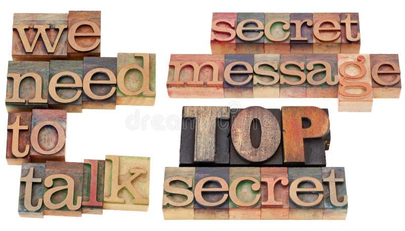 Necesitamos hablar - secretísimo fotos de archivo libres de regalías