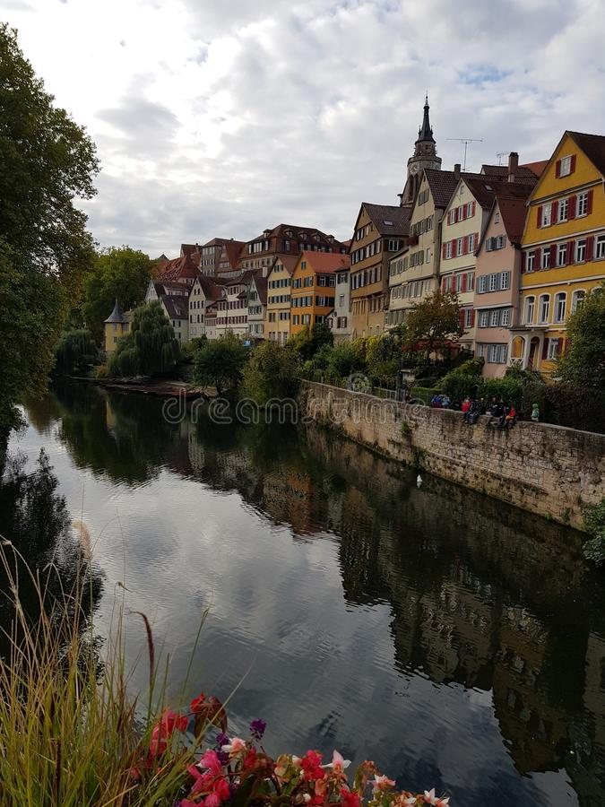 Neckar bingen TÃ ¼ γέφυρα στοκ εικόνες