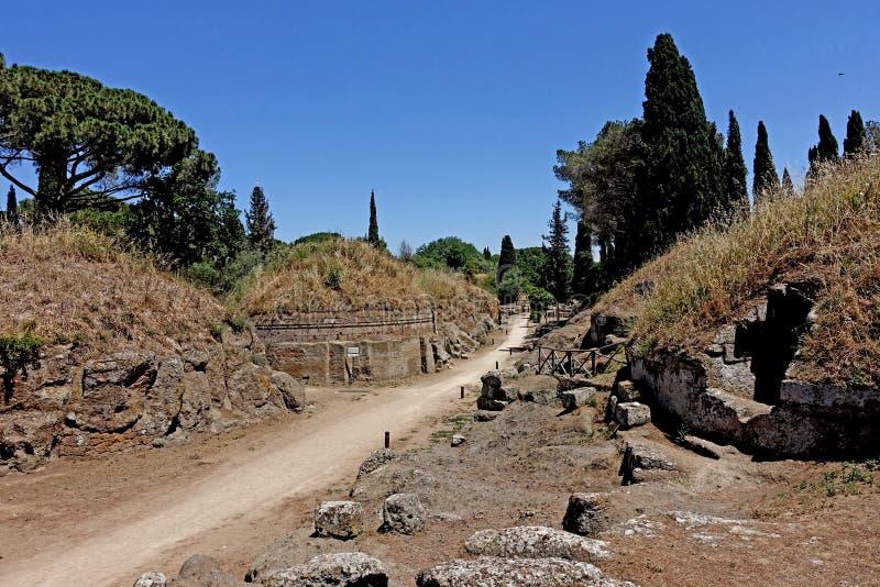 A necrópolis de Etruscan de Cerveteri imagem de stock royalty free