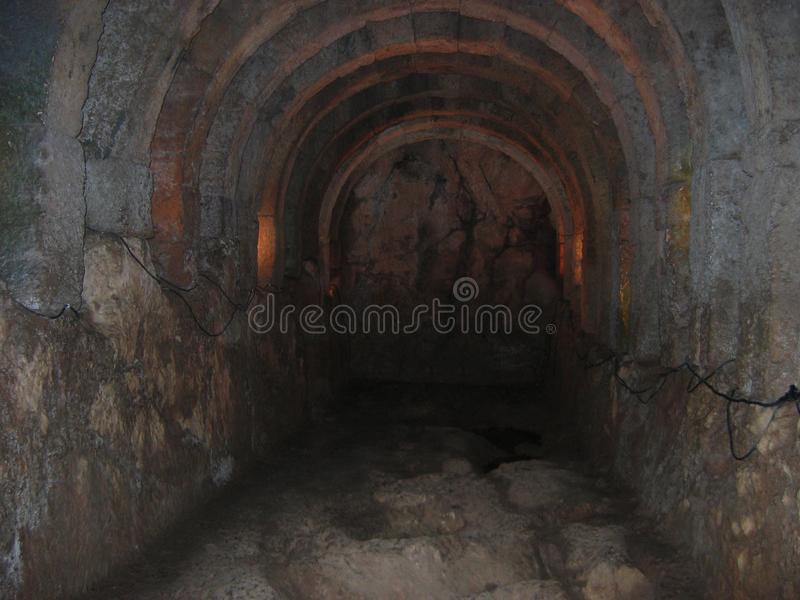 Necromanteion del tunnel sotterraneo di Acheronte Prevesa Grecia fotografia stock libera da diritti