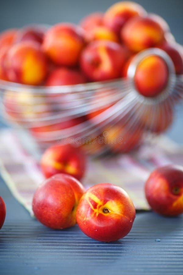 Nectarines images stock