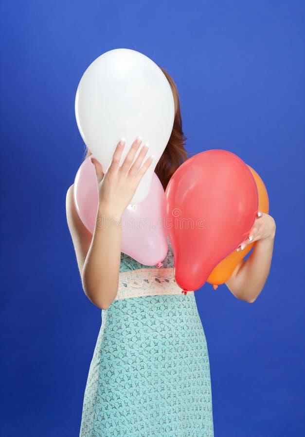 nederlag för ballongfärgflicka under arkivbilder