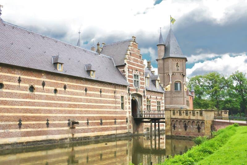 Nederlands kasteel Heeswijk. stock foto