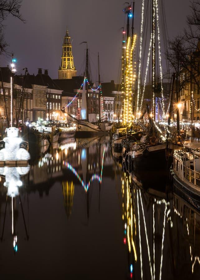 Nederlands 's nachts kanaal stock foto's