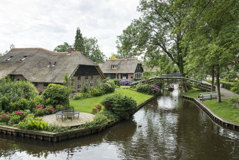 Nederlands Venetië van het noorden genoemd Giethoorn stock foto's