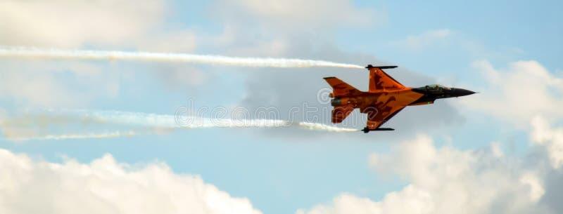 Nederlandse F-16 het Vechten Valk in speciale oranje livrei royalty-vrije stock afbeelding