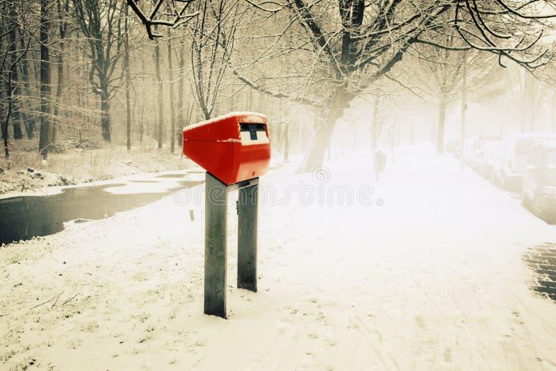Download Nederlandse postdoos stock foto. Afbeelding bestaande uit veiligheid - 29500594