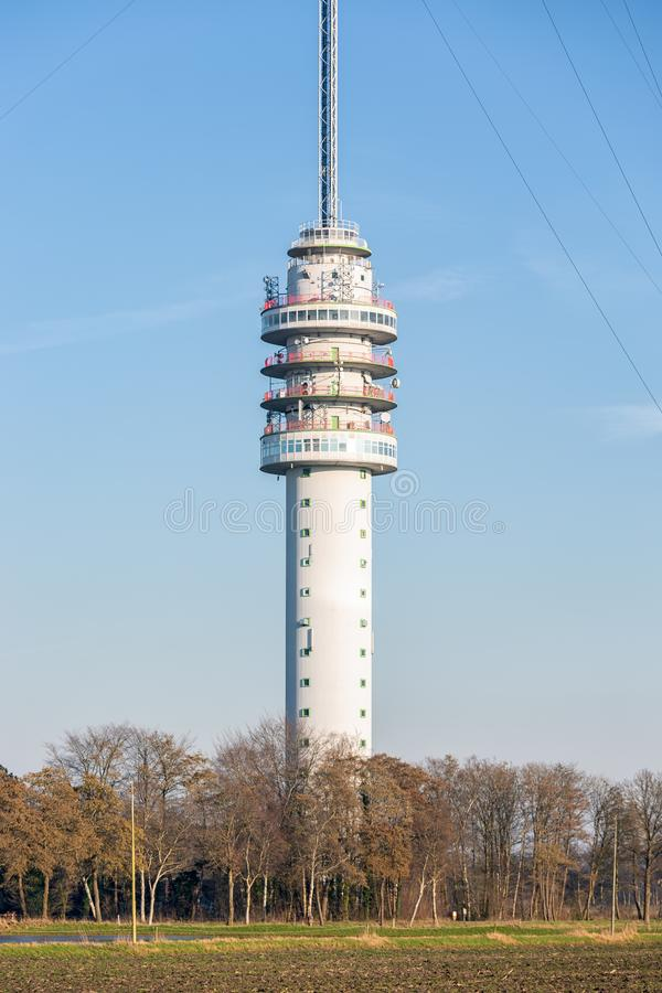 Nederlandse TV en radiotoren in Smilde stock fotografie