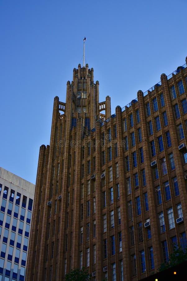 Nedersta sikt av Manchester enhetbyggnad royaltyfri foto