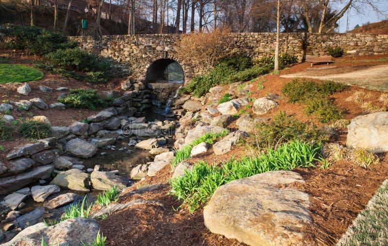 Nedgångar parkerar, Greenville South Carolina royaltyfri fotografi