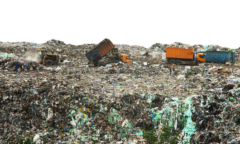 Nedgrävning av sopor med enorma högar av avskräde arkivbilder