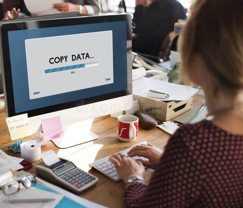 Nedladdning för anslutningsdatatryckning som arkiverar begrepp fotografering för bildbyråer