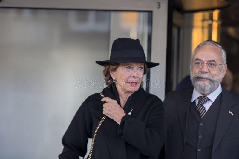 Neelie Kroes At The Memorial-Zeremonie beim Concertgebouw in Amsterdam 27-10-2018 die Niederlande für den Tod von Wim Kok lizenzfreie stockfotos
