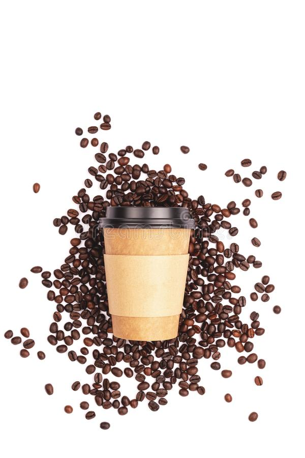 Neem kop en koffie bonen royalty-vrije stock foto's