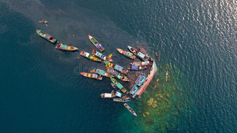 Neerstortingsboot stock afbeeldingen