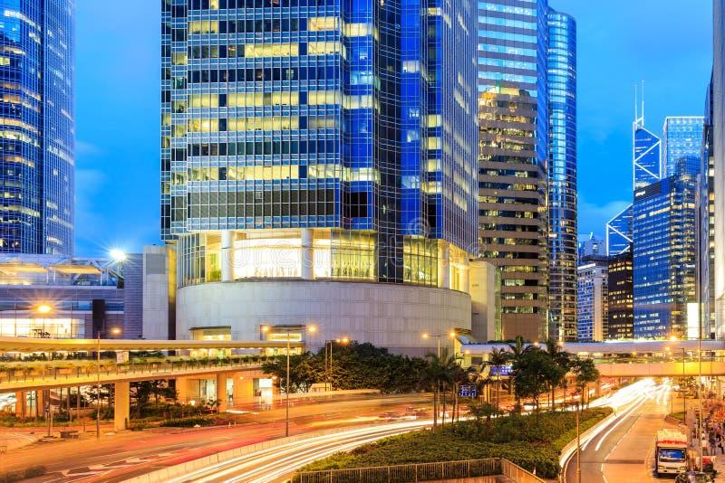 Negócio de Hong Kong na noite foto de stock