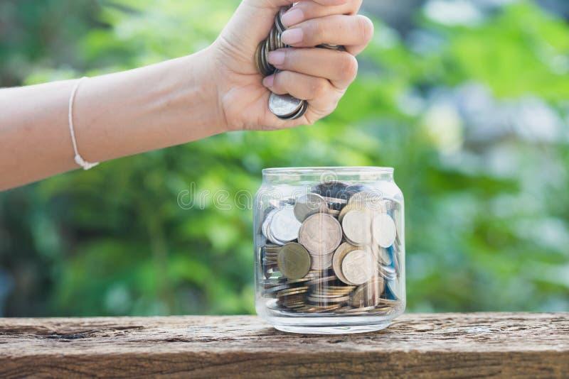 Negócio e economia financeira, investimento e conceito financeiro, fotos de stock royalty free