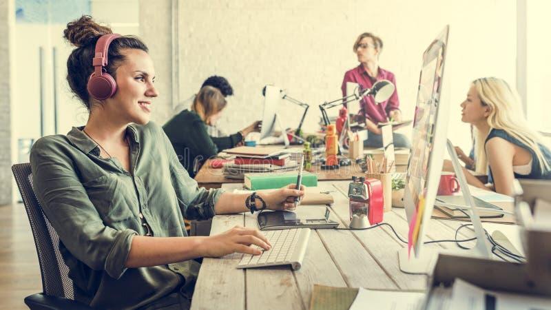 Negócio Team Brainstorming Workspace Concept fotos de stock