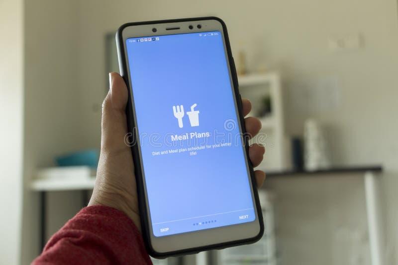 Negeri Sembilan, Maleisië - Augustus 29, 2018: Gezondheidszorgtoepassing op smartphone Deze toepassing verstrekt ideaal dieet en  royalty-vrije stock afbeeldingen
