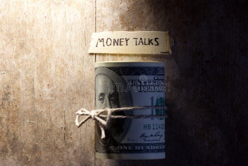Negociações do dinheiro fotografia de stock