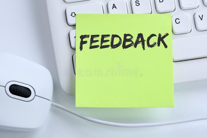 Negocio del comentario de la encuesta de opinión del servicio de atención al cliente del contacto de la reacción foto de archivo